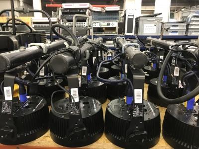 4er Stange LED mit Par MK2 Scheinwerfern>