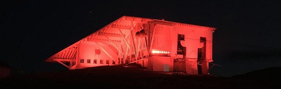 Zeichen Setzen: Architektur Beleuchtung für einmal etwas anders