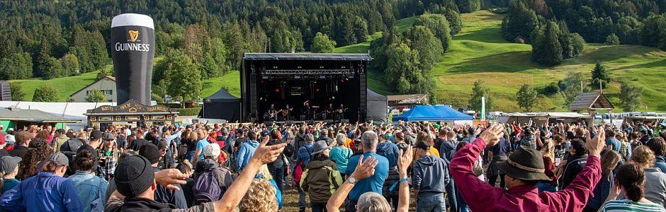 Gesamtlösungen Licht, Ton und Bühne für einzigartige Festivals
